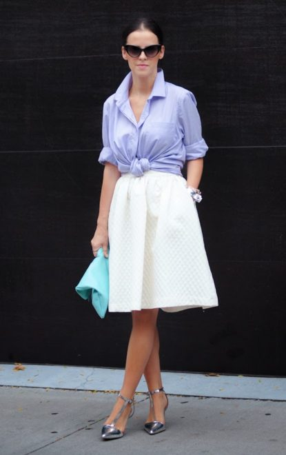 A line skirt and front tie collared shirt