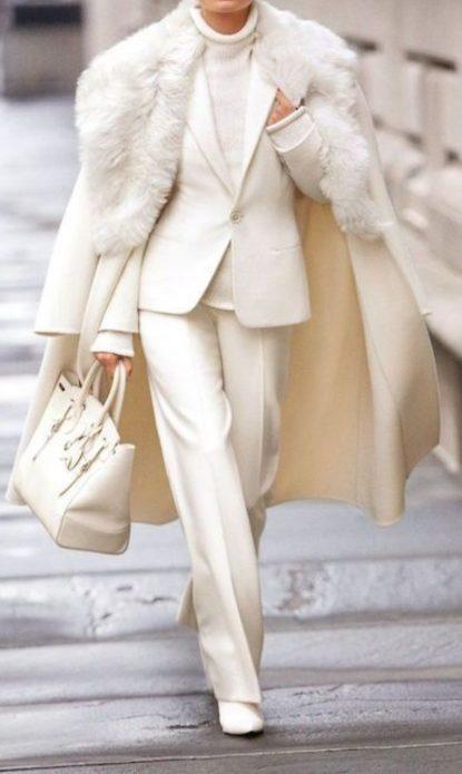 Elegant white outfit