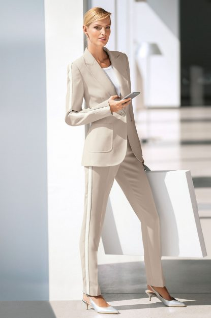Relaxed suit